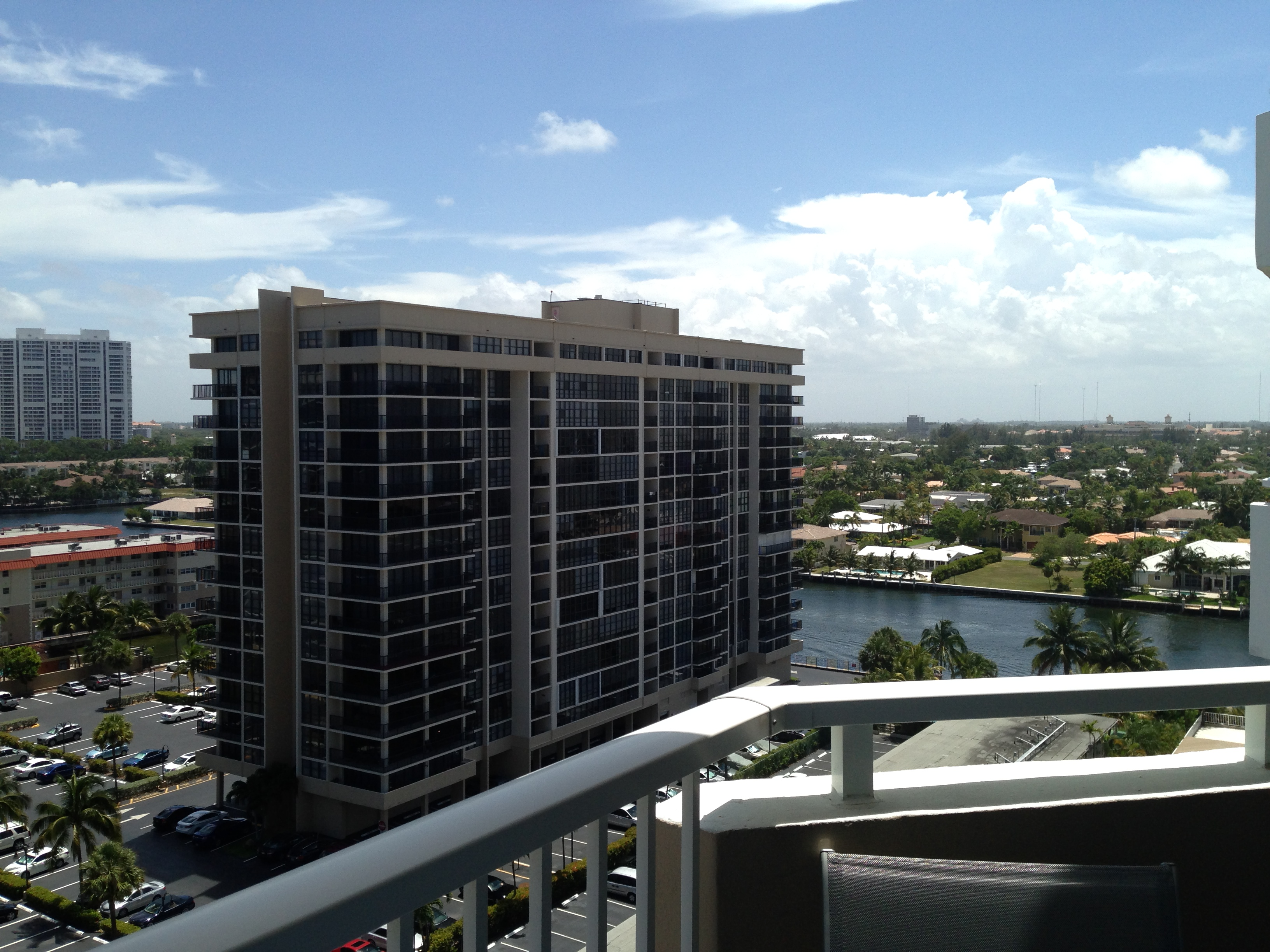 Intracoastal View / Vue